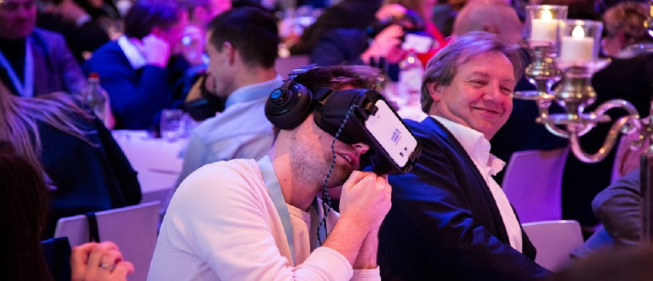 Dinerspel VR teamuitje